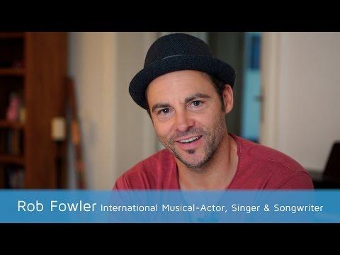 Musical-Star Rob Fowler testet das schnellste Erinnerungssystem